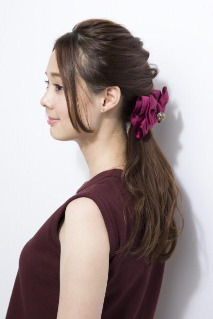 前髪をキレイにセンター分けする方法