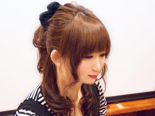 【モテ前髪】前髪サイドの髪を巻いたキュートなヘアスタイルまとめ