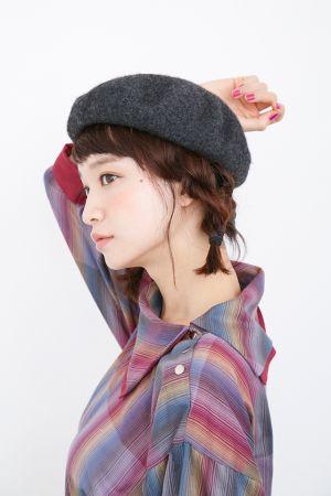 【ベレー帽に似合うヘア】ショートヘア×ベレー帽の組み合わせが可愛い!
