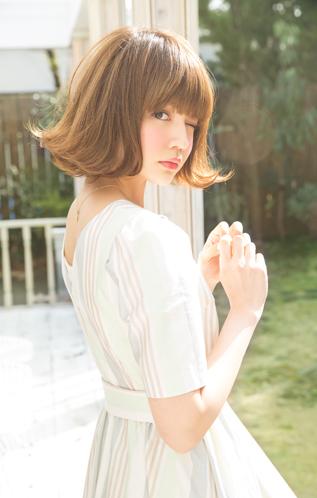 伸ばしかけを楽しもう☆ミディアムヘアの外ハネボブスタイルのやり方・方法【2017年大人気】